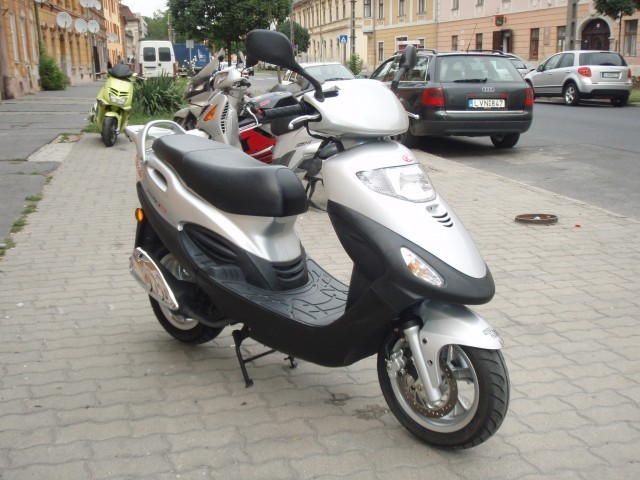 Kymco Movie XL 125 #1