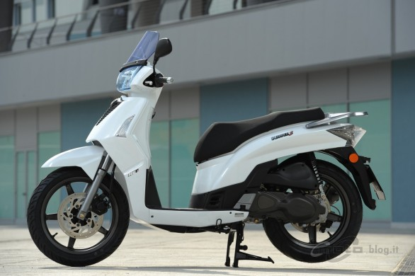 Kymco People S 125 #1