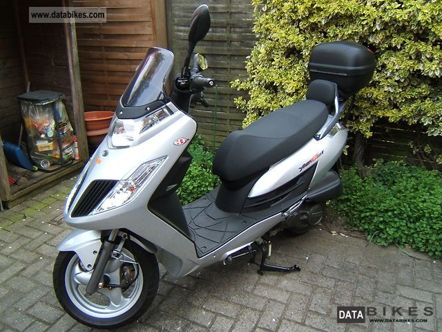 2011 Kymco Yager GT 200i #3