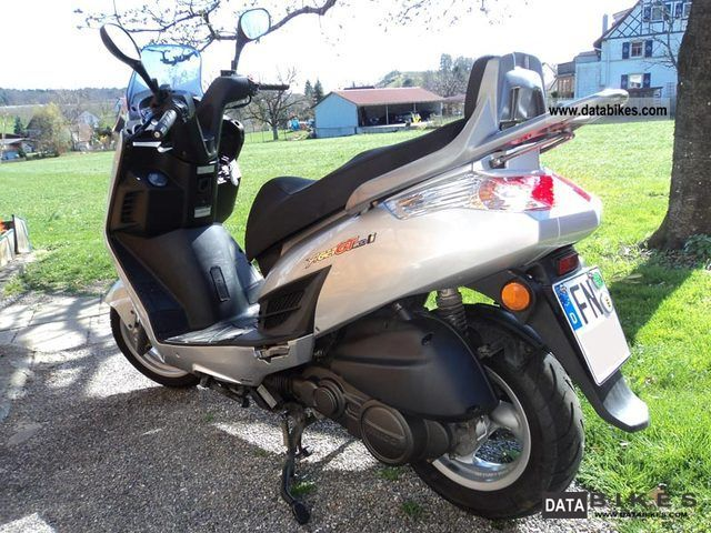 2011 Kymco Yager GT 200i #10