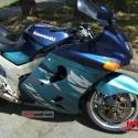 1992 Kawasaki ZZR1100 (reduced effect)