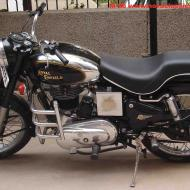 Enfield Bullet Machismo 350