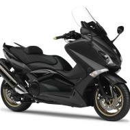 Yamaha Black Max ABS