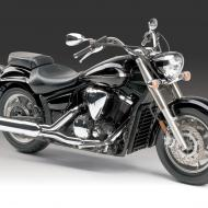 Yamaha XVS 1300 A Midnight Star