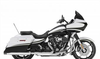 Harley-Davidson 1340 Tour Glide Ultra Classic (reduced effect)