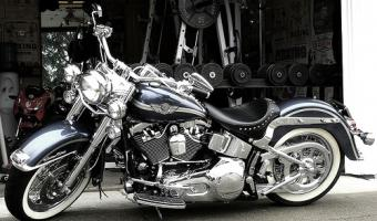 Harley-Davidson Heritage Softail Special