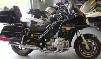 1987 Honda GL1200DX Gold Wing #1