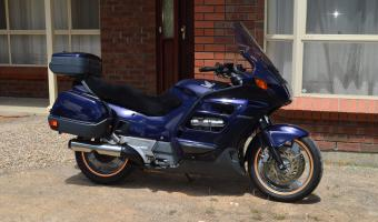 1993 Honda ST1100 Pan-European #1