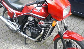 1986 Honda VT500E (reduced effect)