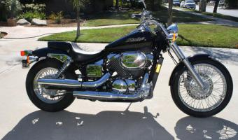2003 Honda VT750C2 Shadow #1