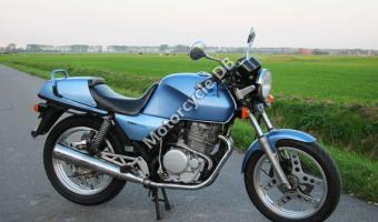 1985 Honda XBR500 N (reduced effect)