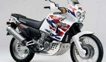 1992 Honda XRV750 Africa Twin (reduced effect)