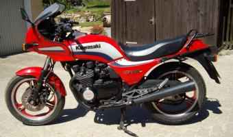 1984 Kawasaki GPZ550 (reduced effect) #1