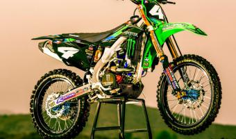 2010 Kawasaki KX250F Monster Energy #1