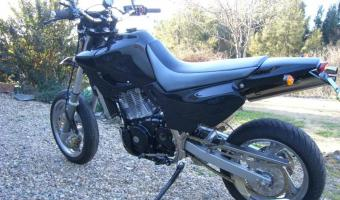 1991 Suzuki DR Big 800 S (reduced effect)