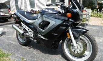1991 Suzuki GSX 750 F (reduced effect)