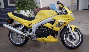 2002 Triumph Sprint RS #1