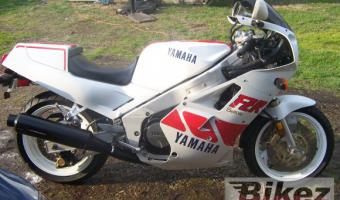 1988 Yamaha FZR 750 Genesis (reduced effect)