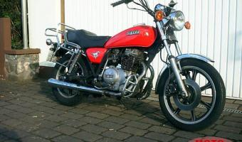 1981 Yamaha SR 250 Special (reduced effect)