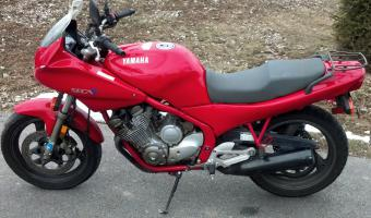 1993 Yamaha XJ 600 Diversion #1