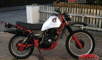 1982 Yamaha XT 550 (reduced effect) #1