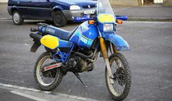 1986 Yamaha XT 600 Tenere (reduced effect)