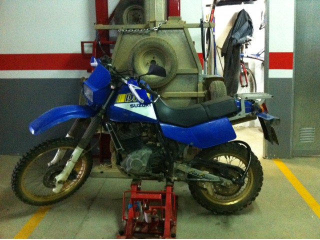 Suzuki DR 600 R Dakar (reduced effect) #6