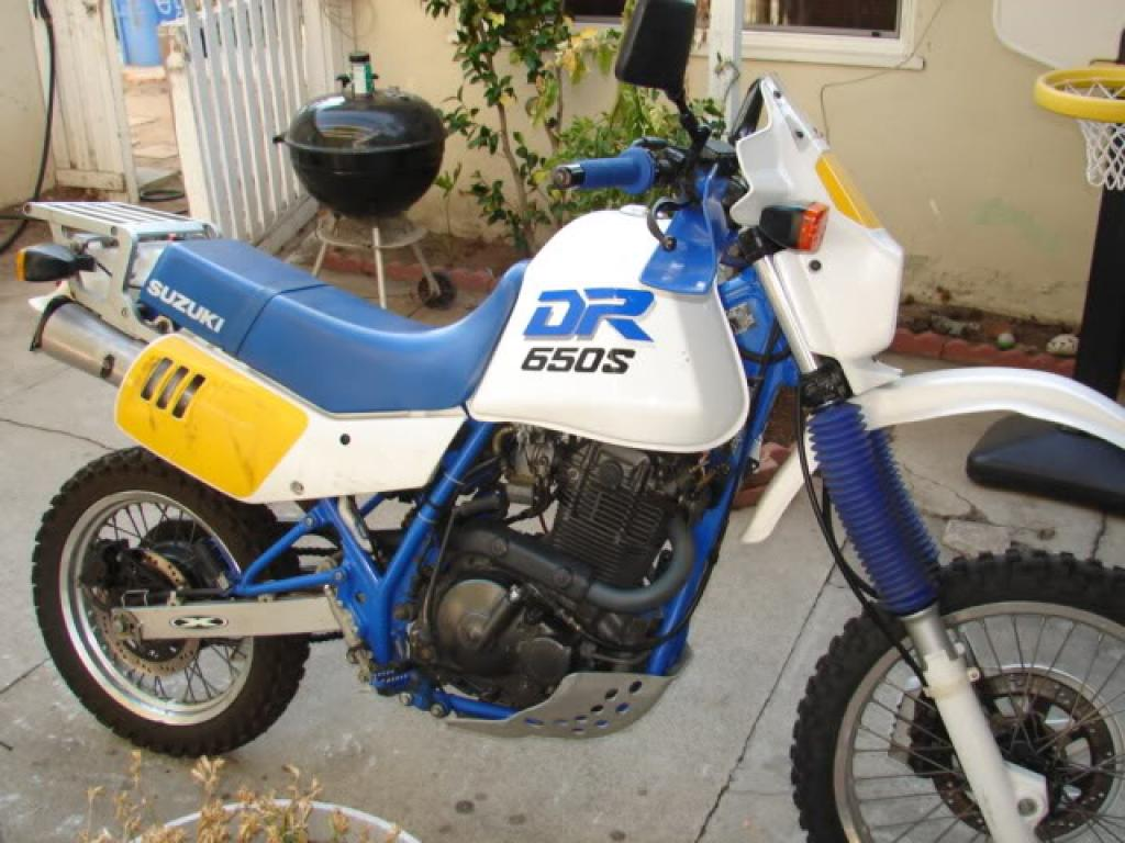 1990 Suzuki DR 650 RS (reduced effect) #1