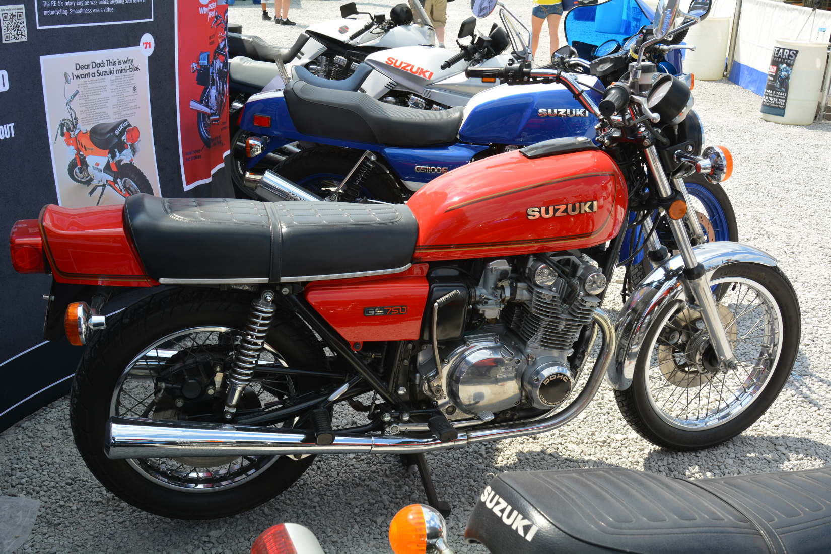 Suzuki GS 550 E Red Suzi #7