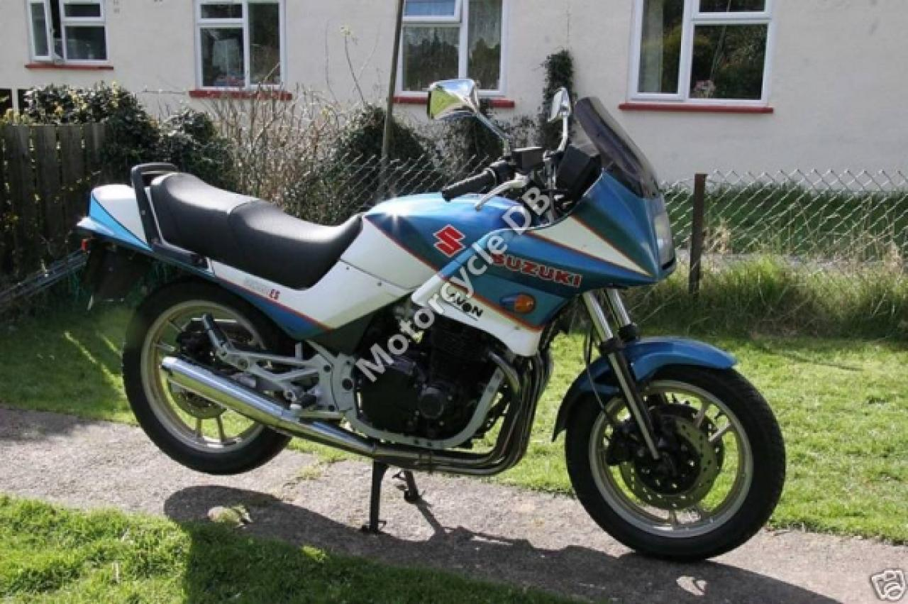 1986 Suzuki GSX 1100 EF (reduced effect) #10