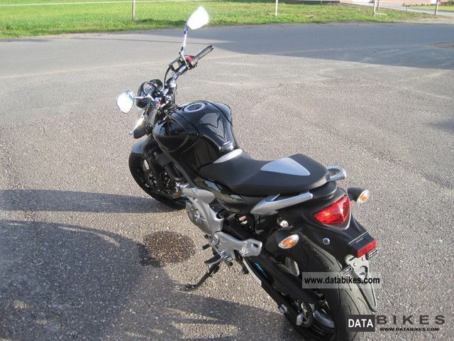 Suzuki SFV650 ABS Sports Tourer #4