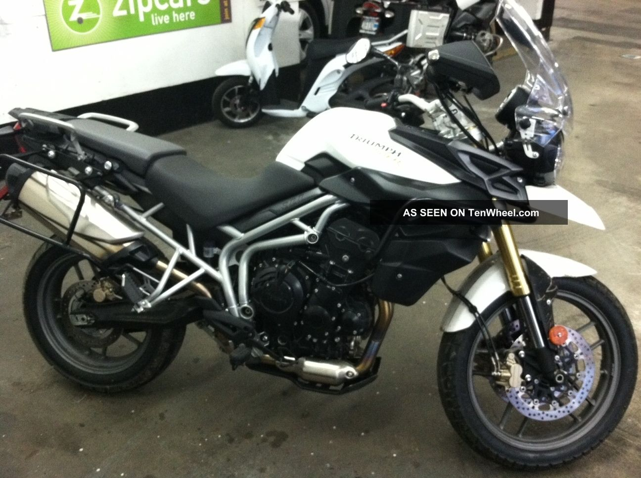 2011 Triumph New Tiger 800 #4