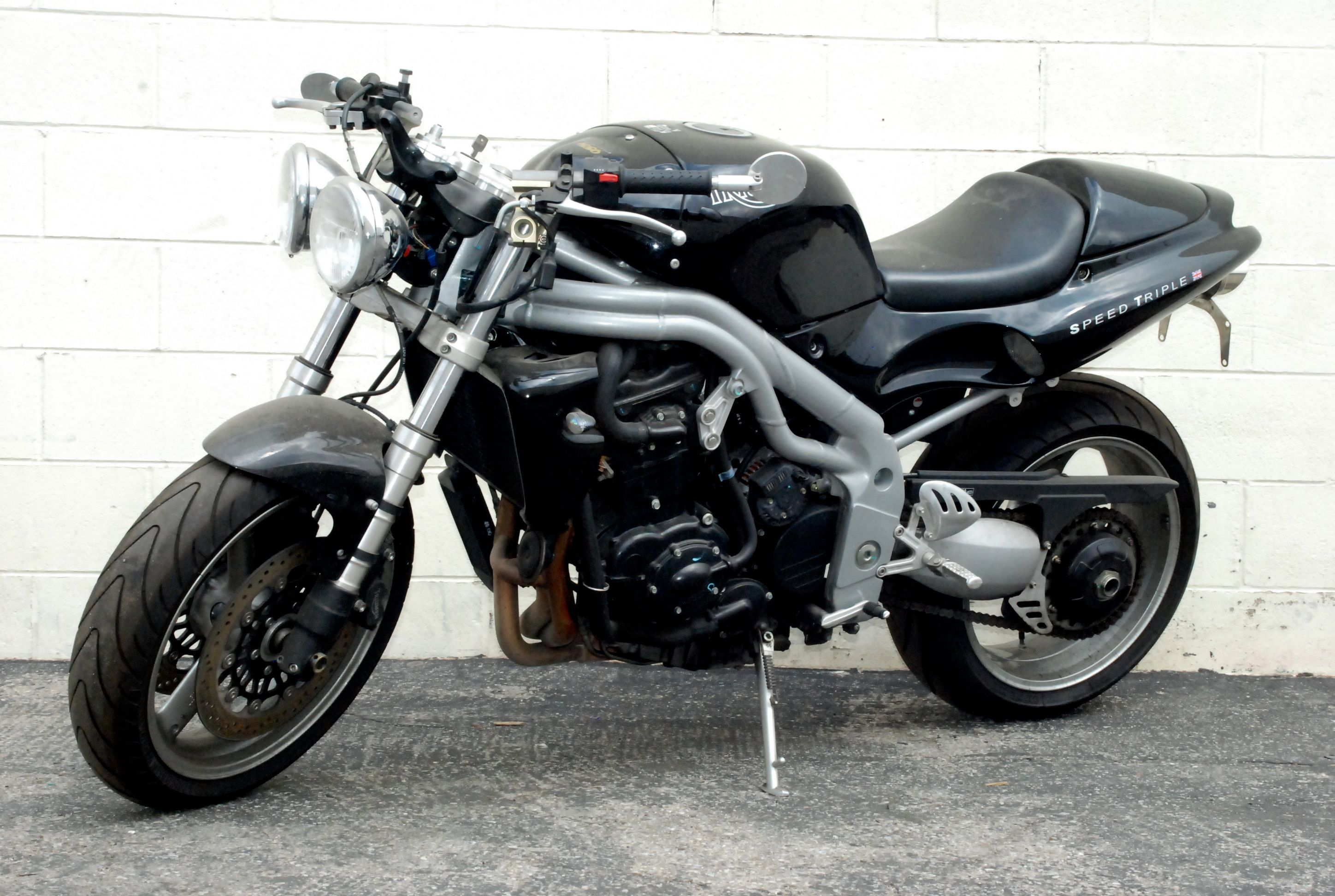 2001 Triumph Speed Triple #2