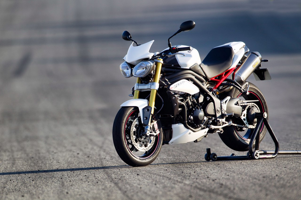 2012 Triumph Speed Triple #5