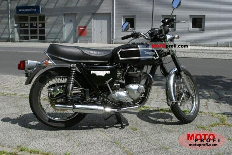 1982 Triumph T 140 E Bonneville Executive #4