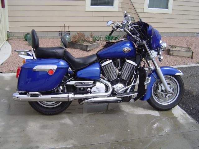 2004 Victory Touring Cruiser #3