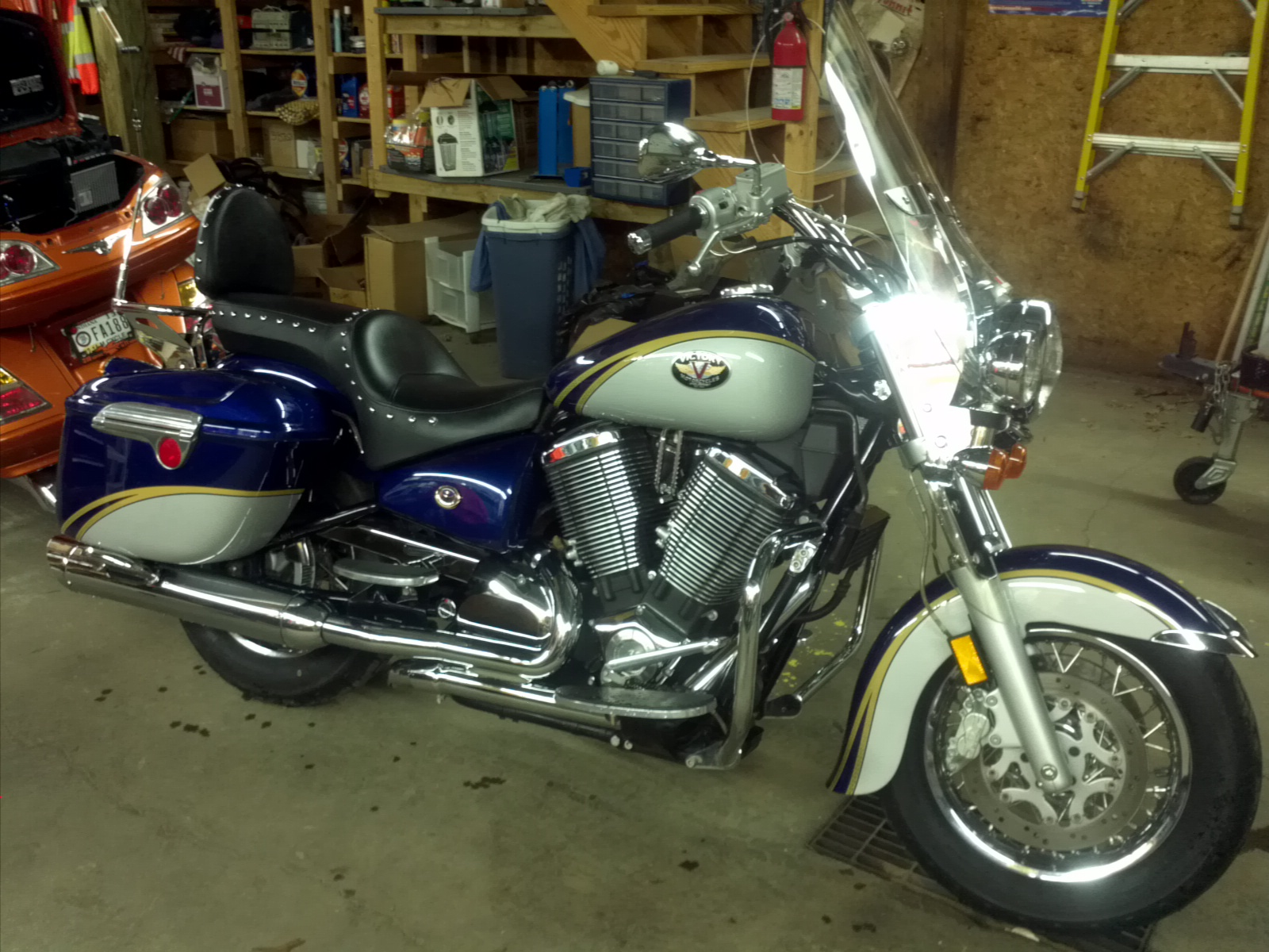 2006 Victory Touring Cruiser #7