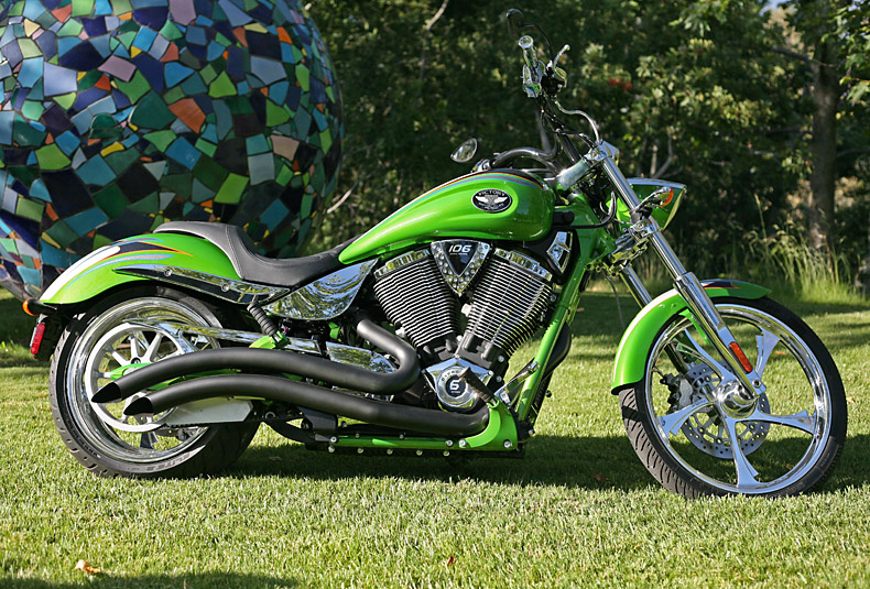 2009 Victory Vegas Low #9