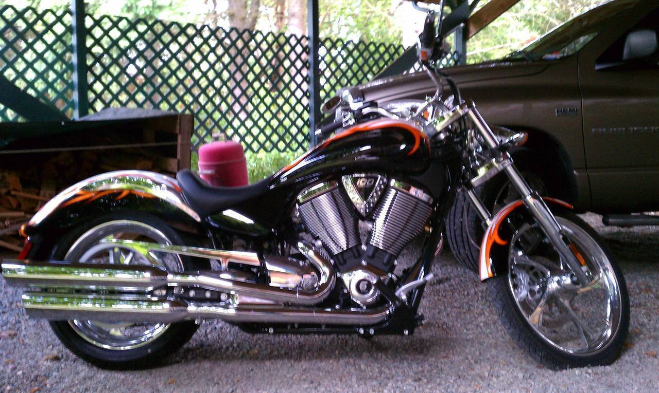 2009 Victory Vegas Low #6