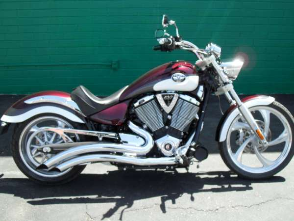 2009 Victory Vegas Low #1