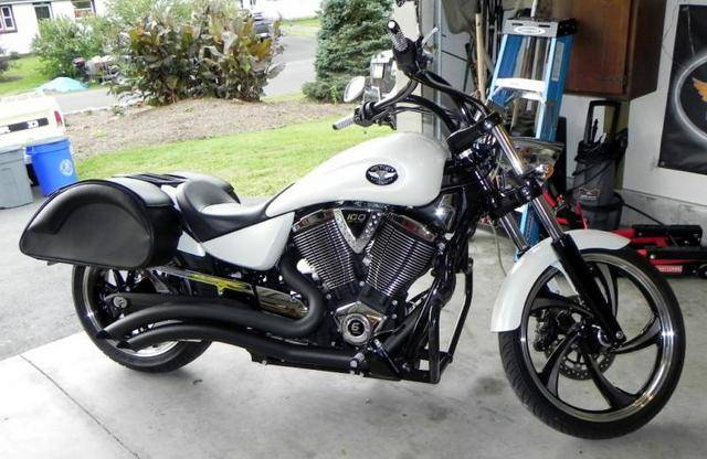 2009 Victory Vegas Low #4