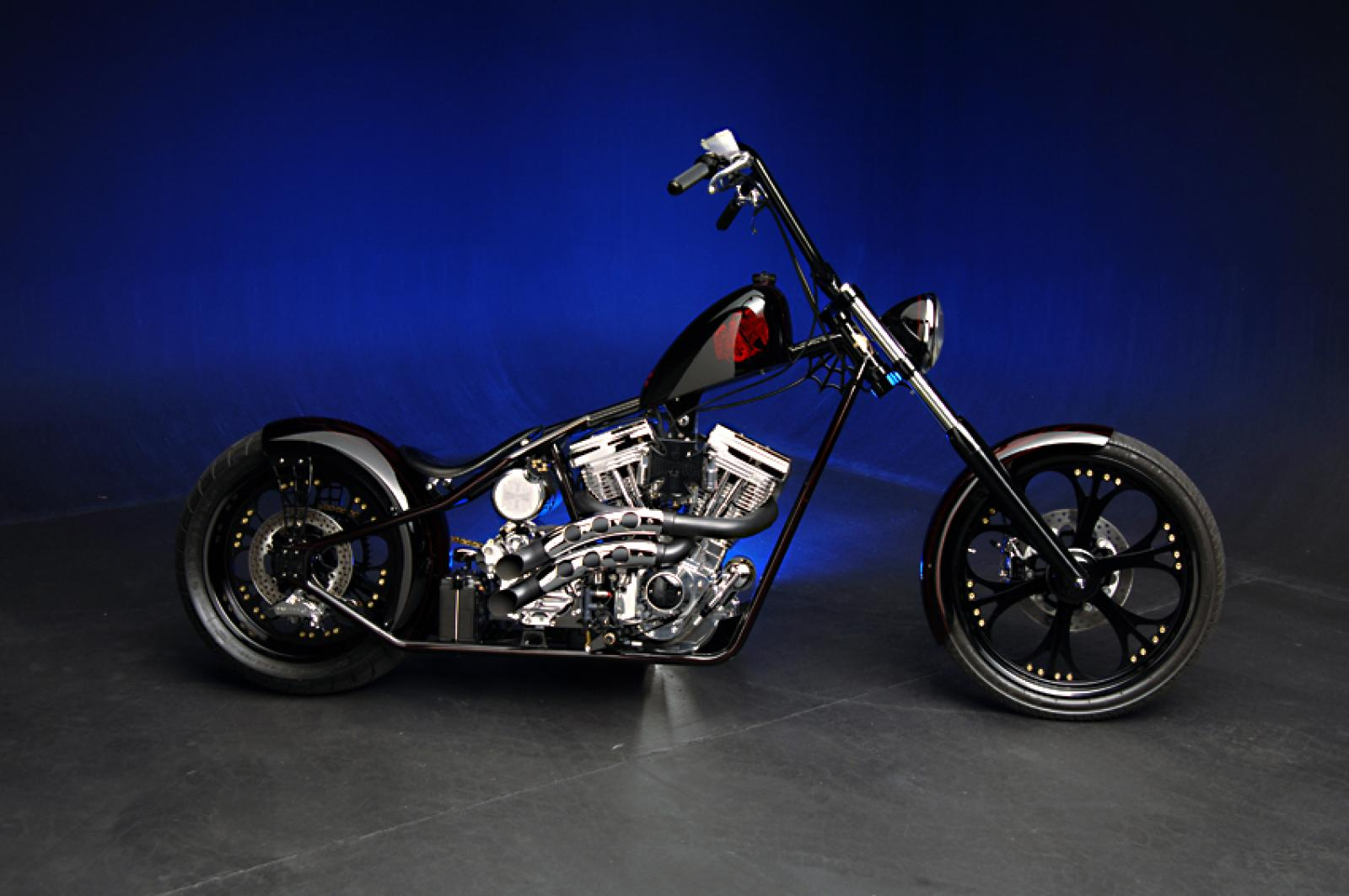 2010 West Coast Choppers CFL II #5