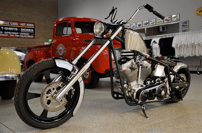 West Coast Choppers Dominator #10