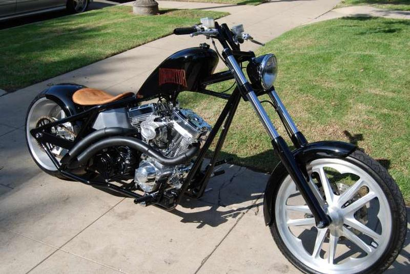 West Coast Choppers Dominator #8