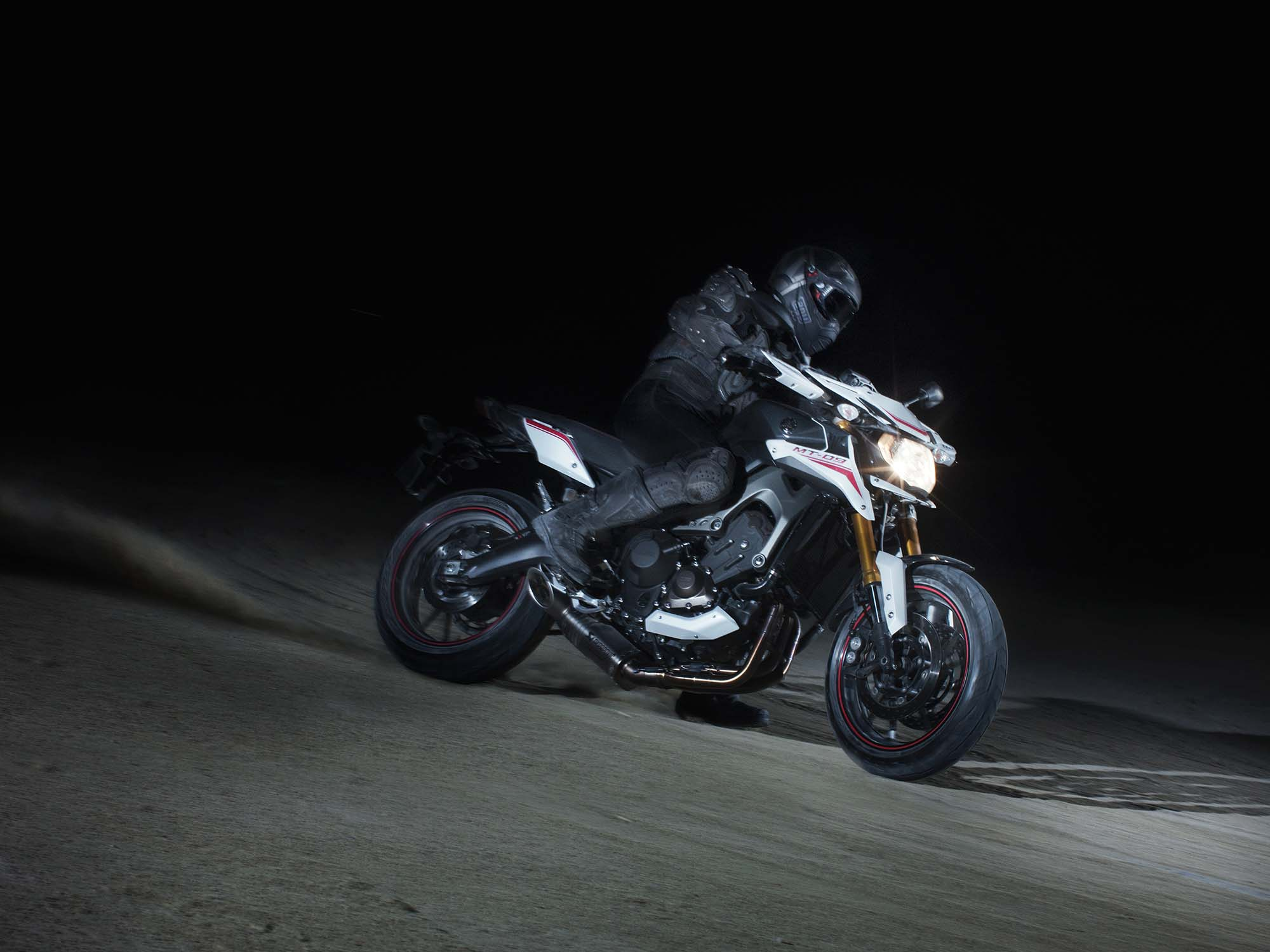2014 Yamaha MT-09 Street Rally #4