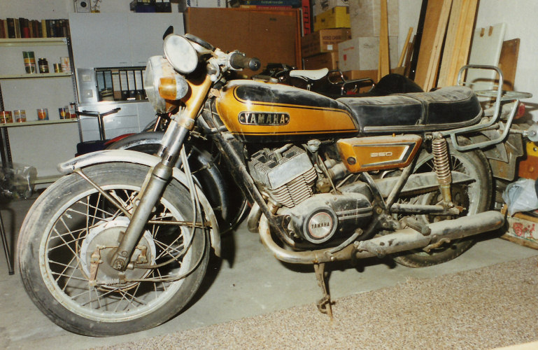 1982 Yamaha RD 250 LC (reduced effect) #8