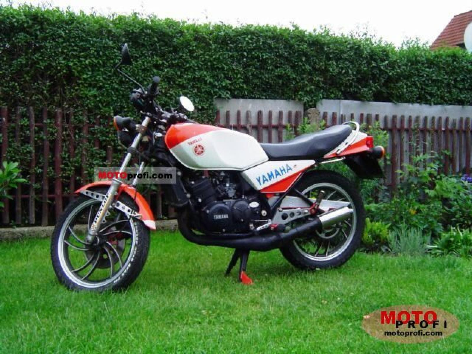 1983 Yamaha RD 250 LC (reduced effect) #2