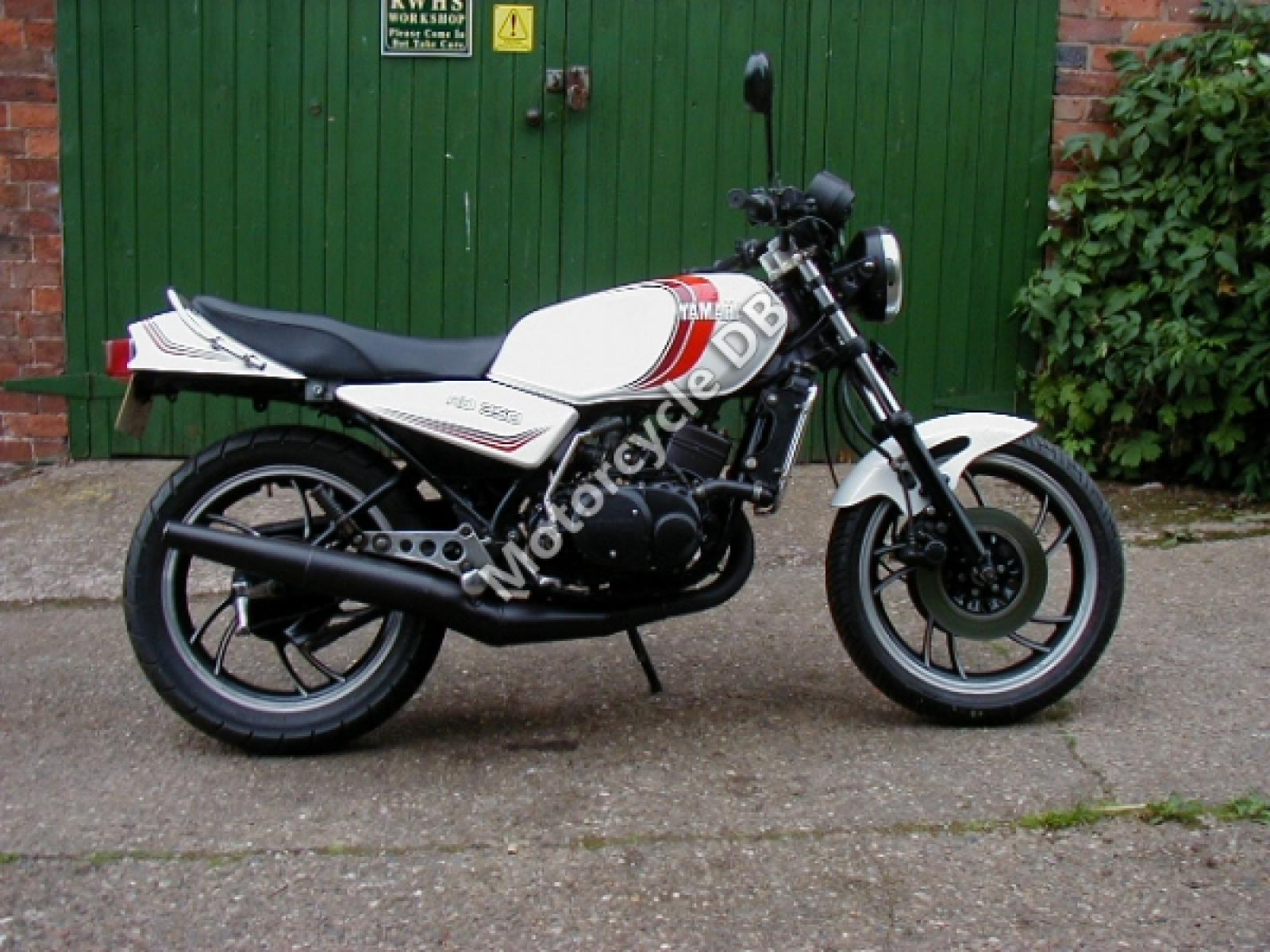 Yamaha RD 250 LC (reduced effect) #1