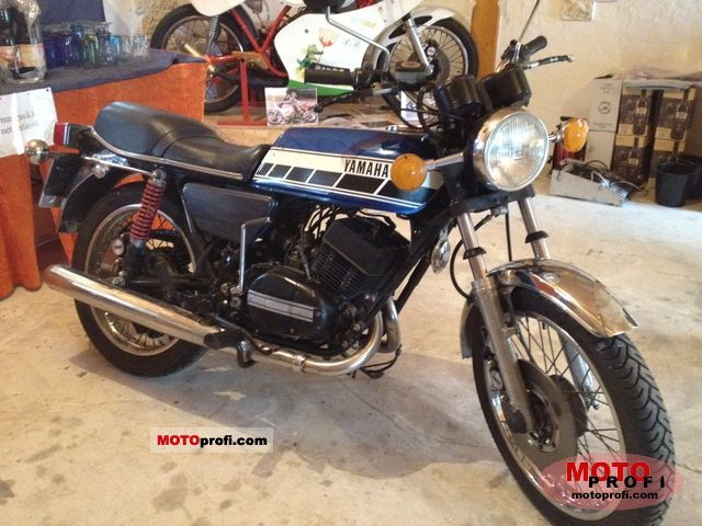 Yamaha RD 250 (reduced effect) #1