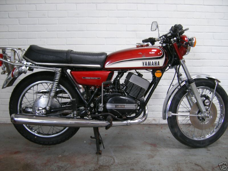 1986 Yamaha RD 350 F (reduced effect) #5